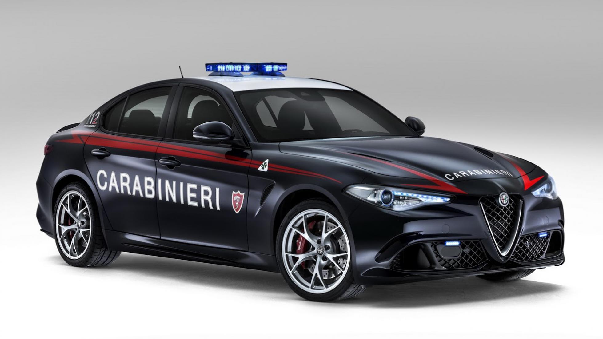 Alfa Romeo Giulia Quadrifoglio van de Carabinieri (Italiaanse politie)