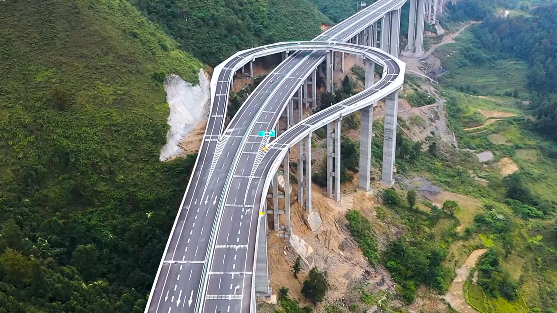 Keerlus op de snelweg,