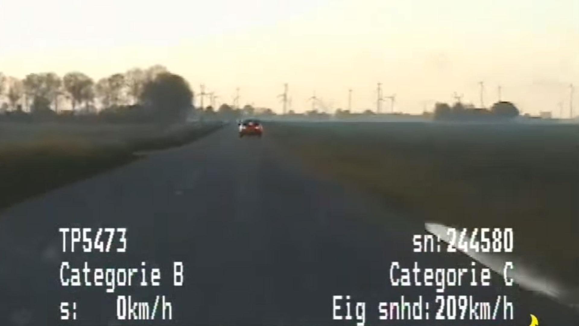 Subaru Impreza rijdt 200+ waar 60 is toegestaan