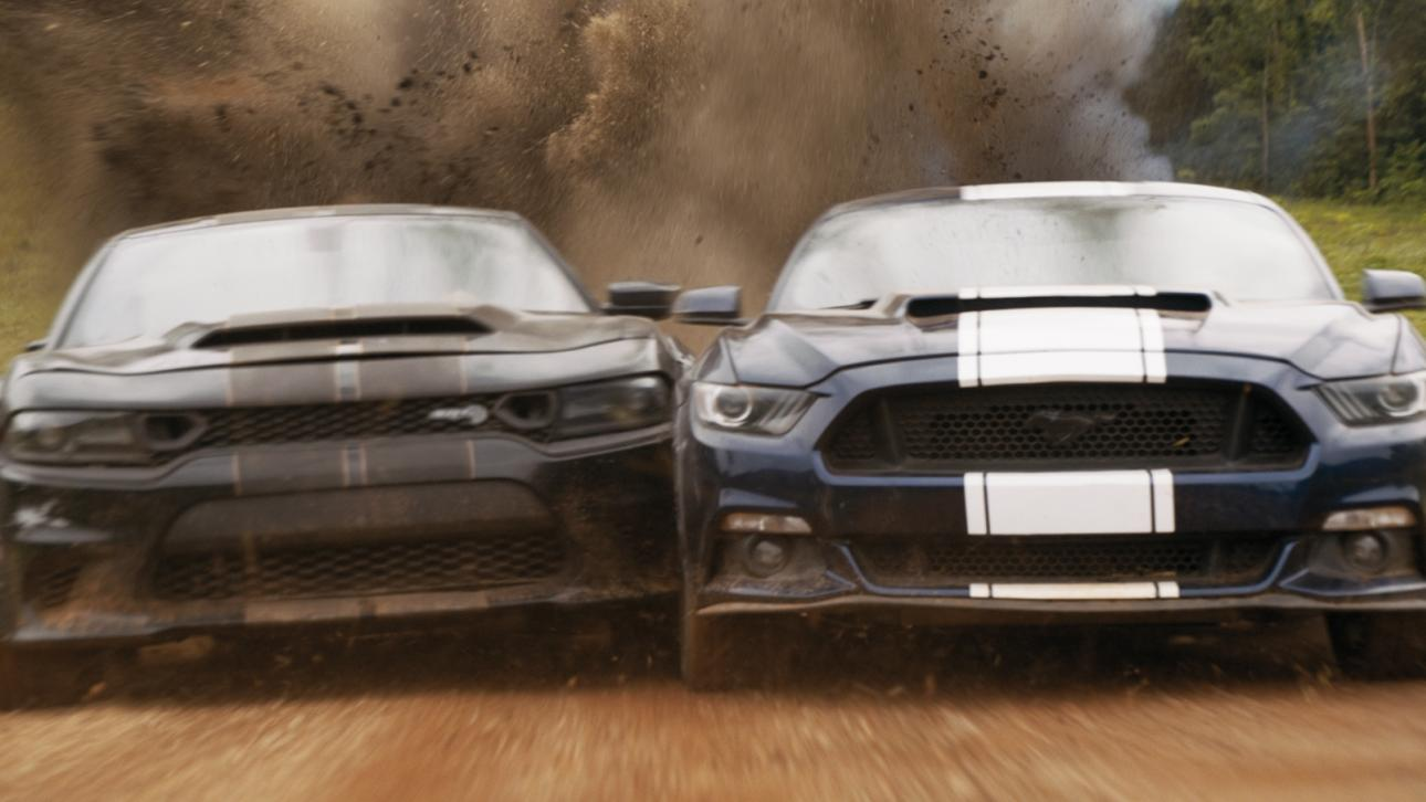 Dodge Charger en Ford Mustang inSpeedkore Dodge Charger van Fast and Furious 9