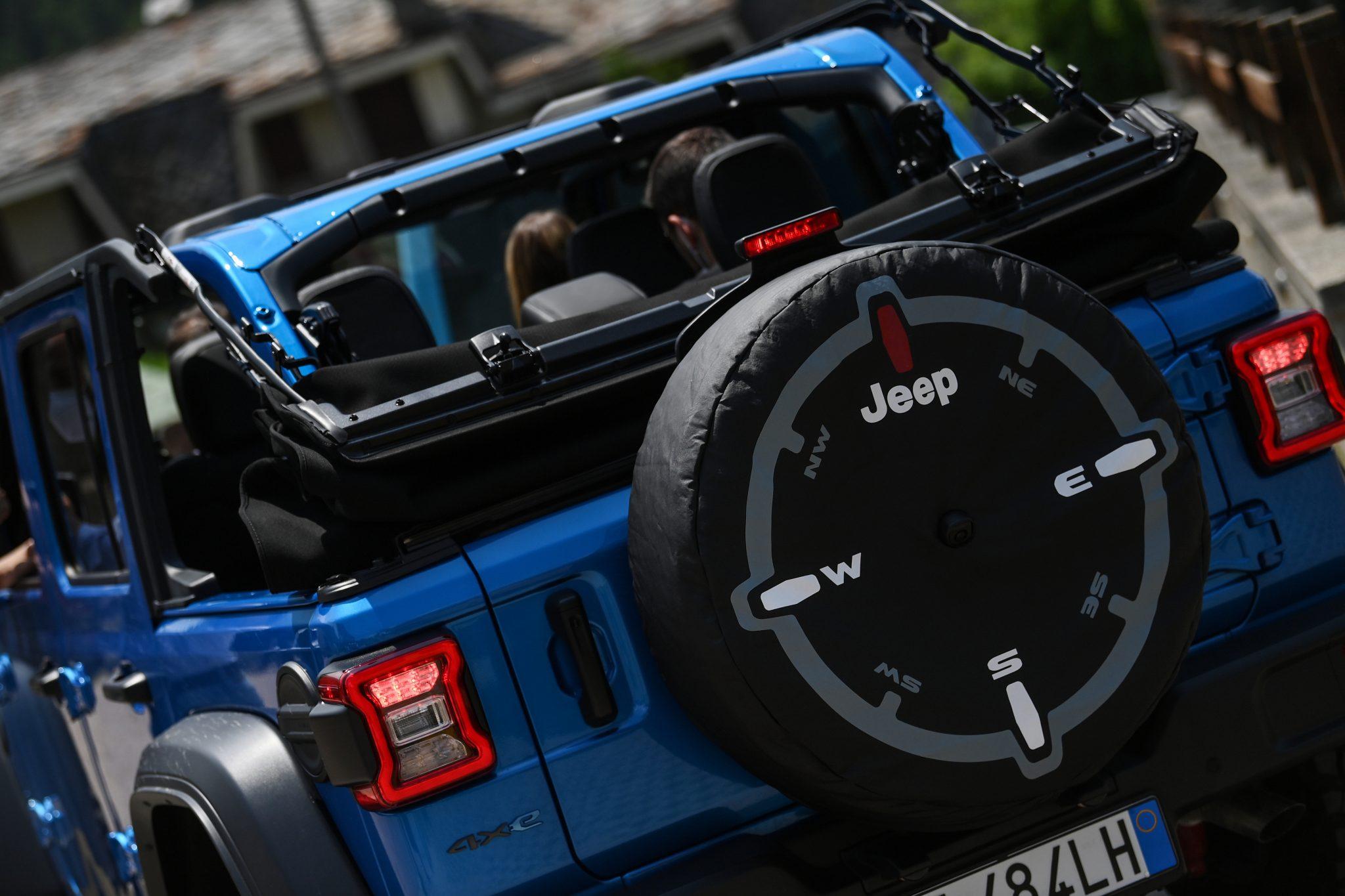 Presentazione della Jeep 4Xe
