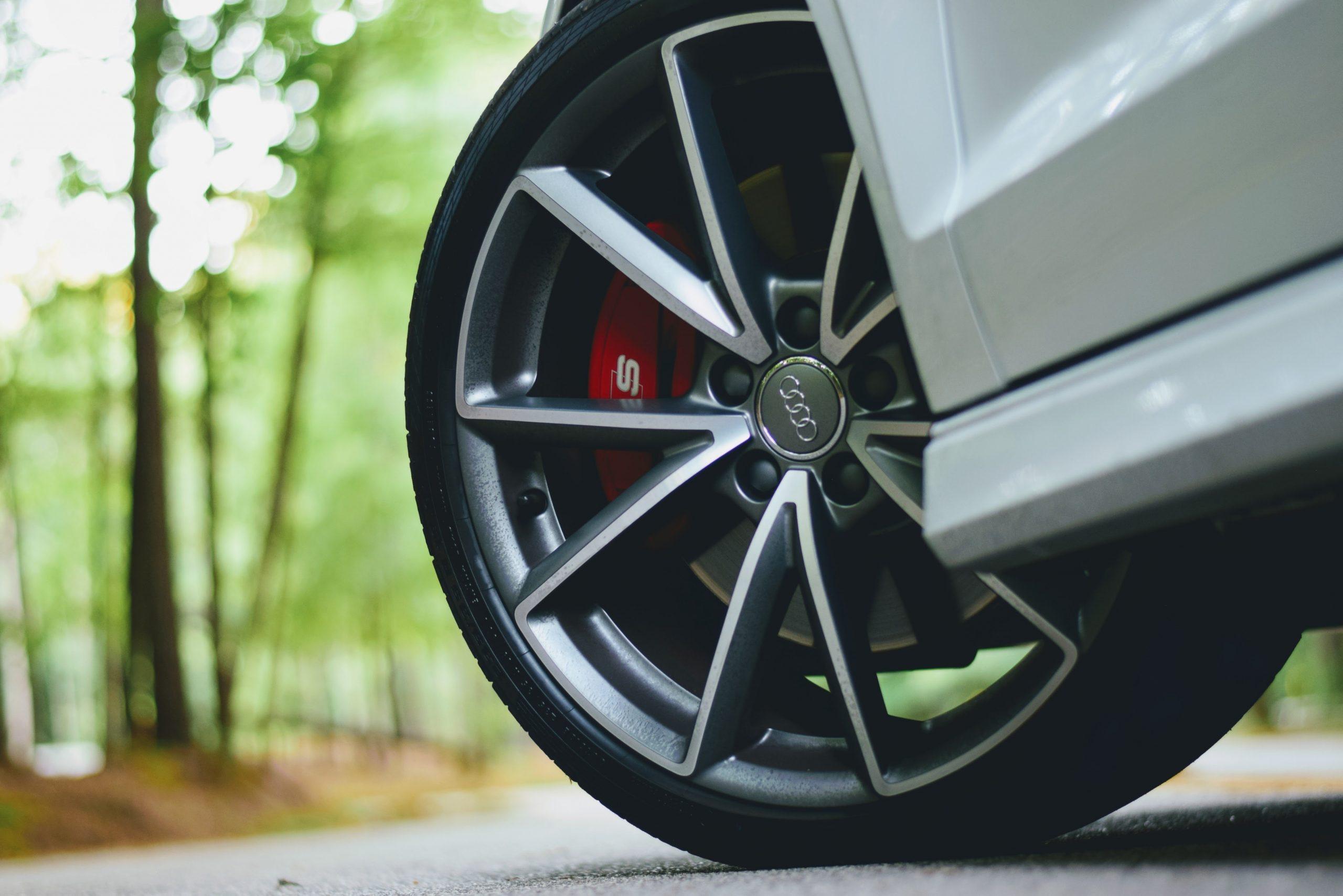 Velg en band van een Audi RS