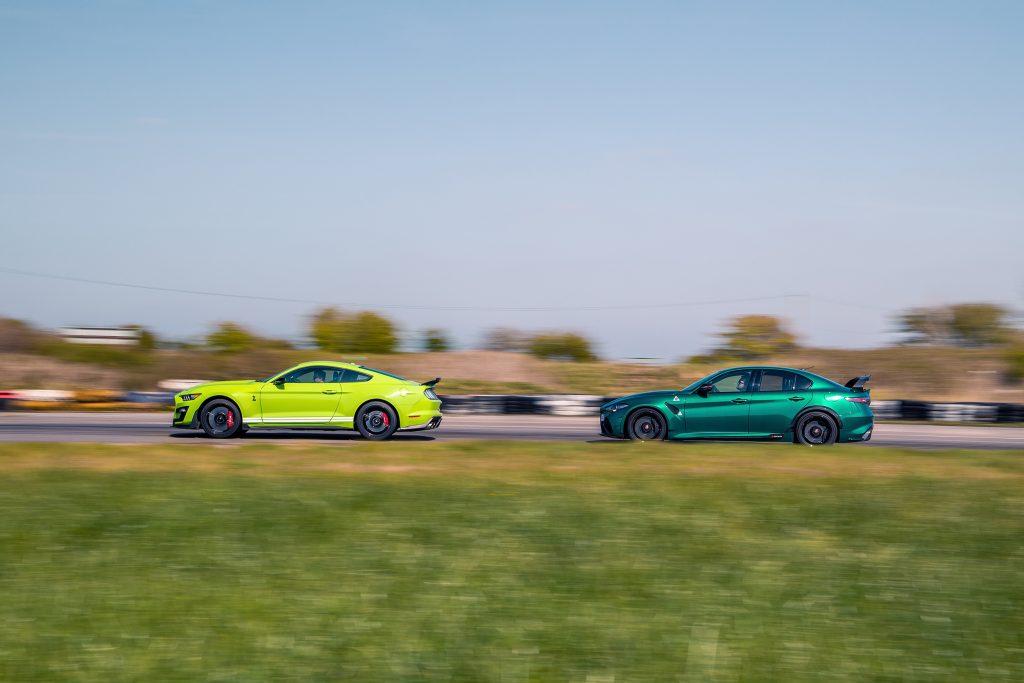 Ford Mustang Shelby GT500 vs Alfa Romeo Giulia GTAm