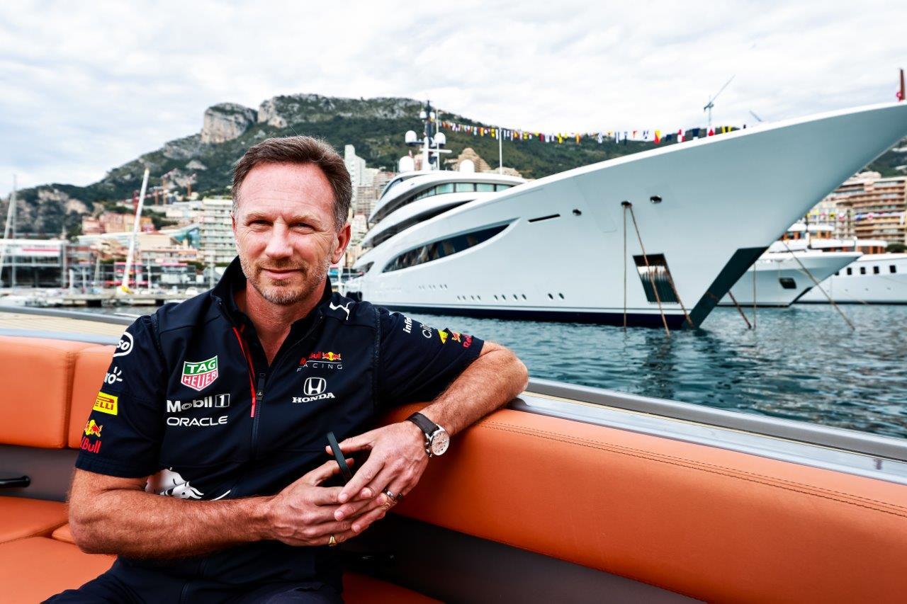Christian Horner hint op toekomstige straatauto's van Red Bull
