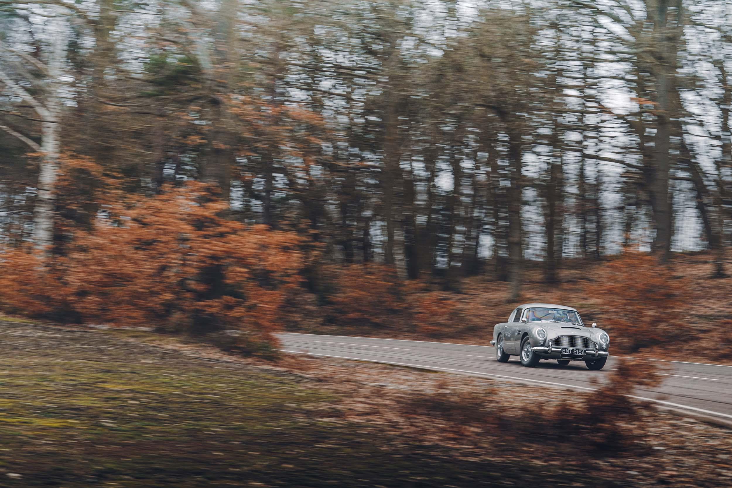 Aston Martin DB5 van James Bond (007)