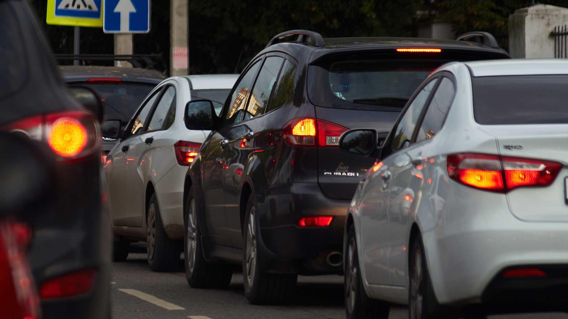 Filerijden met een elektrische auto: een probleem?