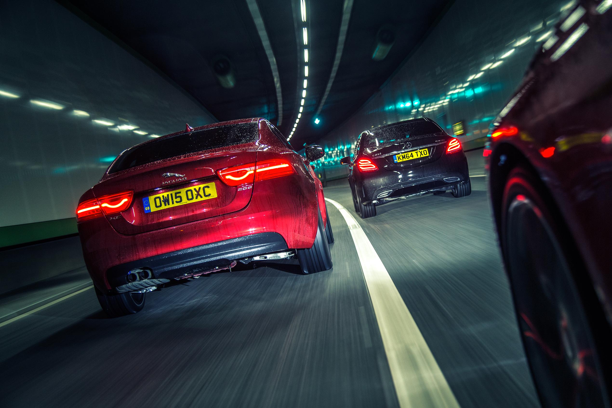 Jaguar XE vs Mercedes C-Klasse vs BMW 3-serie