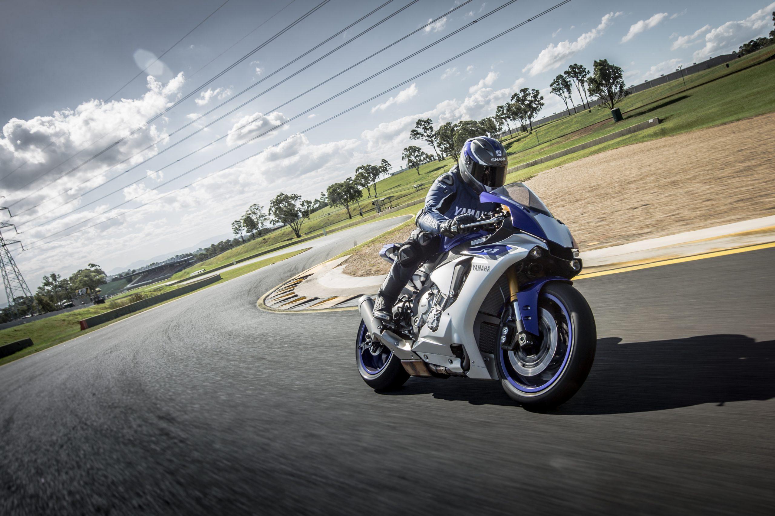 Yamaha YZF-R1 (2016)