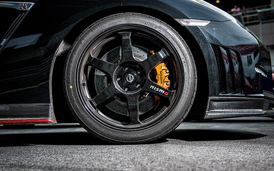 Corvette Z06 vs Ferrari 458 Speciale vs Nissan GT-R Nismo