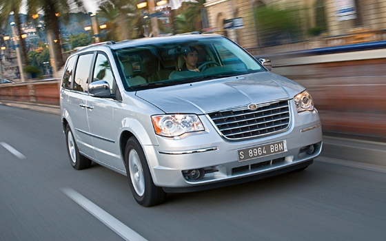 autotest chrysler grand voyager 2 8 crd luxury topgear. Black Bedroom Furniture Sets. Home Design Ideas